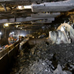 Arccal a bányák felé